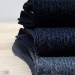 viccel socks brick gray, charcoal, black
