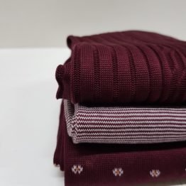 viccel burgundy socks
